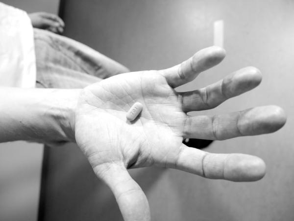 Prep-hiv-lääke kädellä