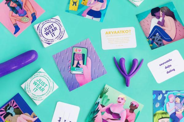 Seksuaaliterveyden työkalupakki sisältöä: Seksuaalikasvattajan käsikirja, 3D-klitorismalli, kuvakortti sexting, kondomi, muita Hivpoint seksuaalikasvatus materiaaleja
